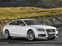 Audi S5 2010 года