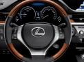 Lexus ES 2015 года