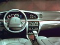 Lincoln Continental 2002 года