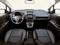 Mazda 5 2010 года
