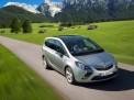 Opel Zafira 2011 года