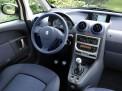 Peugeot 1007 2010 года