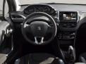 Peugeot 208 2014 года