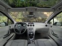 Peugeot 308 2011 года