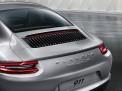 Porsche 911 Carrera S 2015 года