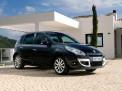 Renault Scenic 2012 года