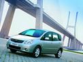 Toyota Corolla Verso 2001 года