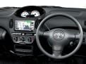 Toyota FunCargo 2004 года