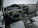 Toyota Hilux 2005 года