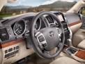 Toyota Land Cruiser 2015 года