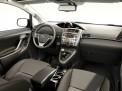 Toyota Verso 2012 года