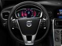 Volvo V60 2015 года