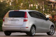 Hyundai Elantra 2008 года