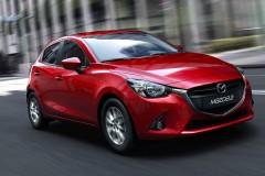 Mazda 2 2015 года
