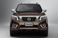 Nissan Navara 2015 года