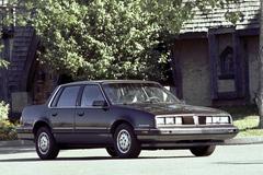 Pontiac 6000 1983 года