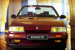 Renault 19 1991 года