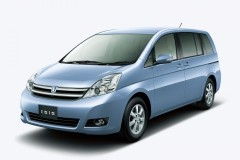 Toyota ISis 2009 года