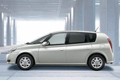 Toyota Opa 2000 года