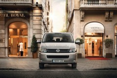 Volkswagen Caravelle 2015 года