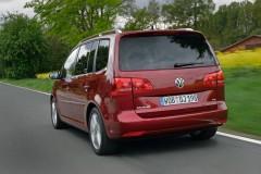 Volkswagen Touran 2015 года