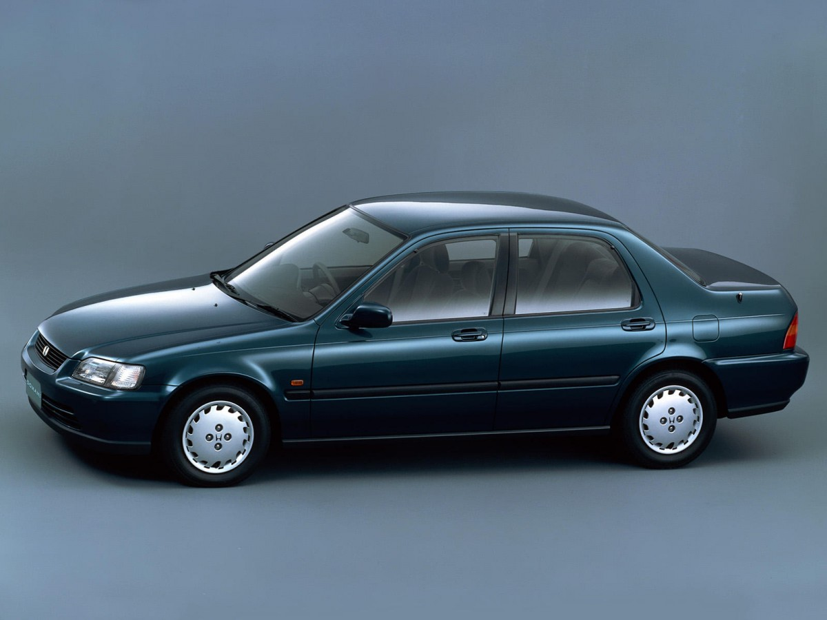 4e639cd718eb Автомобиль Honda Domani 1992-2000 года. Технические характеристики ...