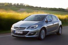 Обновленный хэтчбек Opel Astra