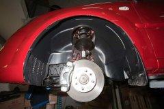Как использовать пластиковые подкрылки при шумоизоляции автомобиля?