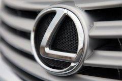 Lexus – достойный конкурент BMW и Mersedes