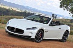 Кабриолет Maserati GranCabrio – очарование по-итальянски