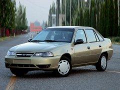 Дэу Нексия – недорогой и удобный автомобиль
