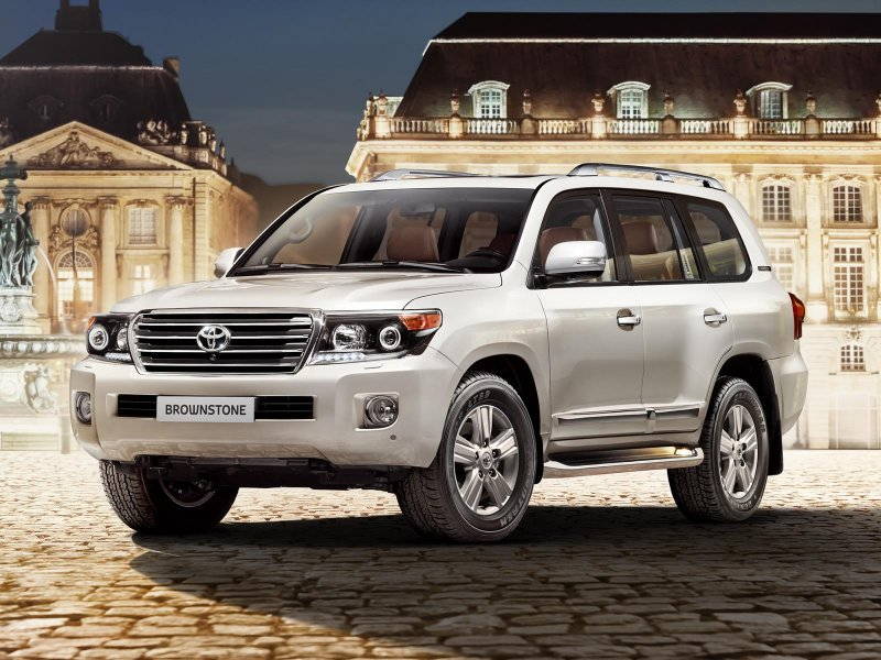 Toyota Land Cruiser 200 Brownstone