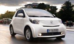 Toyota iQ – безопасный городской автомобиль с отличным опционным оснащением