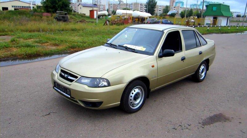 kakuju mashinu kupit za 100000 rublej1 - Топ авто до 100000 рублей