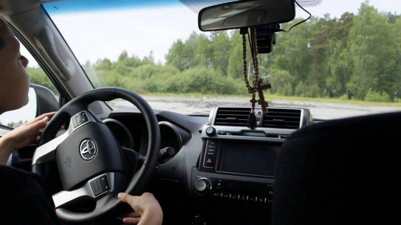Как научить ребенка водить автомобиль