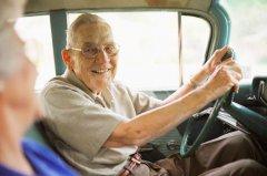 Каким должен быть предельный возраст автомобилиста?