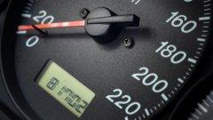 Что и на каком пробеге проверять и менять в автомобиле?