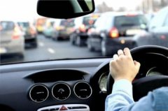 Стоит ли покупать авто с правым рулем
