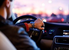 Як підвищити безпеку керування автомобілем?