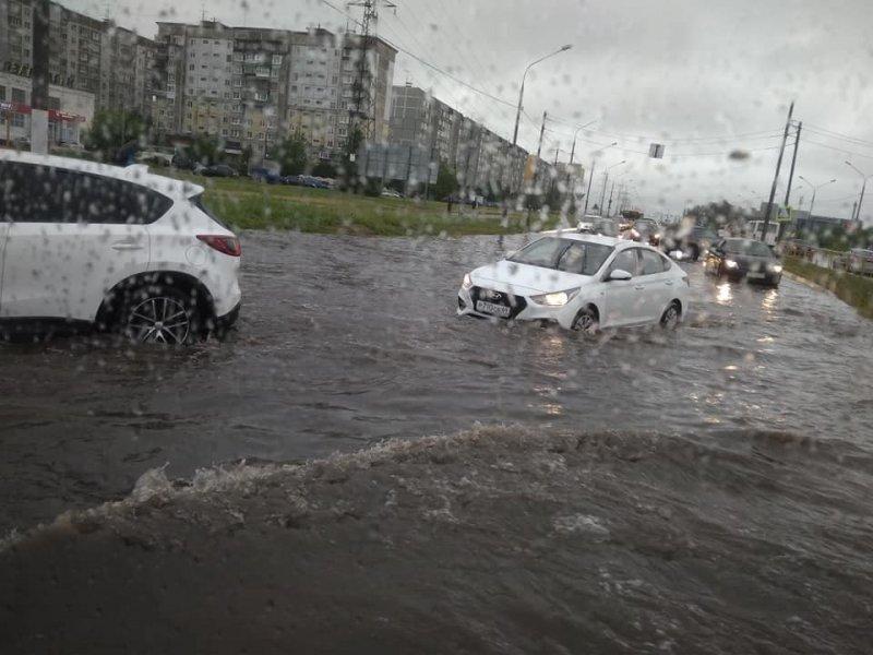 Не їздимо в сильна злива