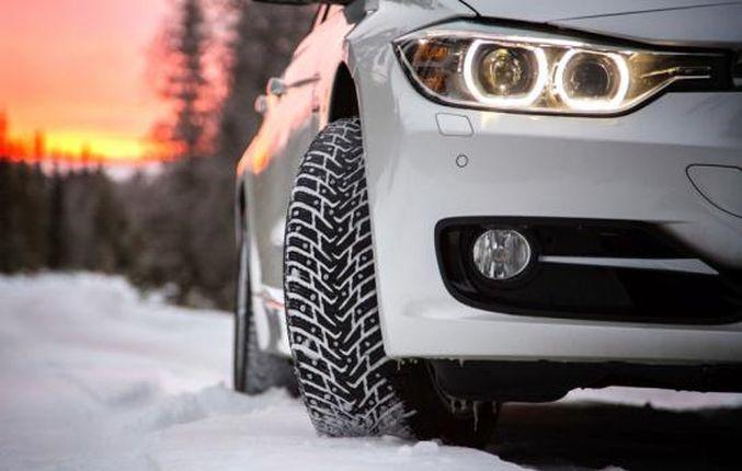 наличии на автомобиле качественных зимних покрышек
