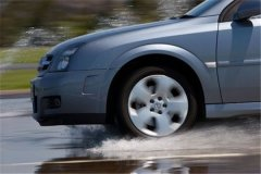 Как правильно тормозить на автомобиле с МКПП?