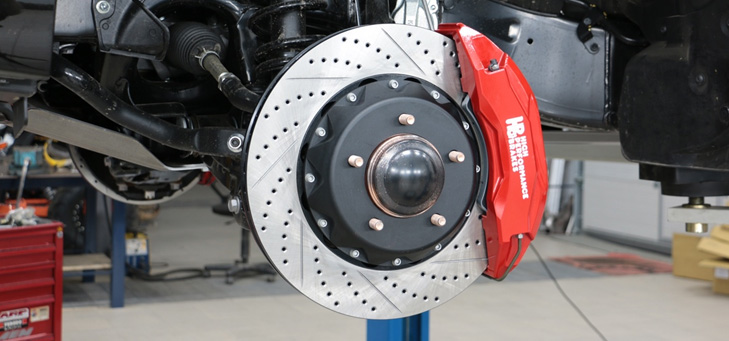 Как «дешево и практично» выбрать тормозные колодки для своего автомобиля?