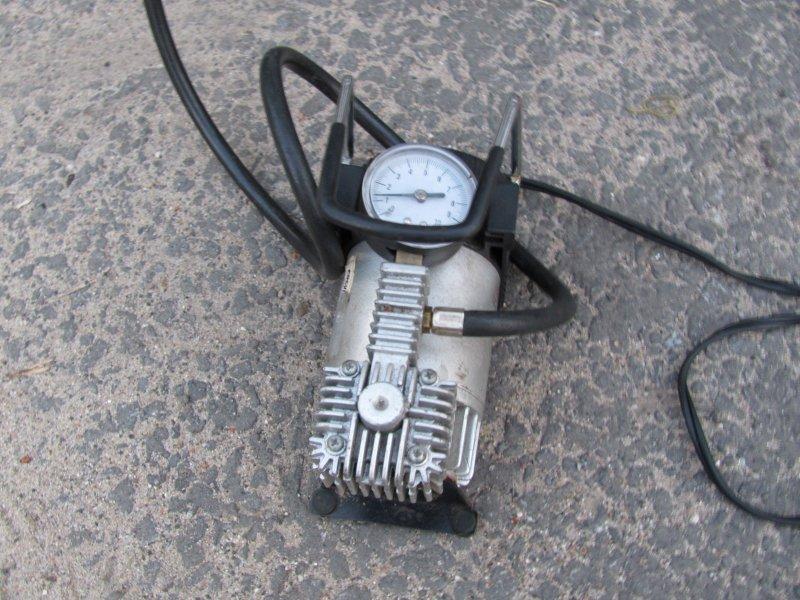 Как правильно накачивать колёса для экономии топлива