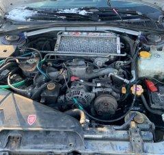Какие имеются плюсы и минусы у оппозитного двигателя автомобиля?