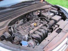 Почему сразу после запуска инжекторного двигателя нельзя давить на педаль газа?