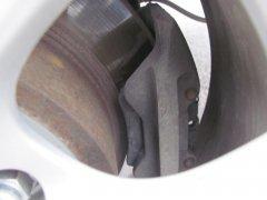 Какие задние тормоза лучше: барабанные или дисковые?