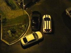 Как можно отучить соседей подпирать машину во дворе?