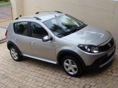 Renault Sandero достоинства и недостатки автомобиля