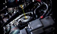 Когда нужна замена масла в автомобильном двигателе?